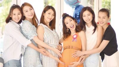 高海宁(左起)、朱璇、李亚男、陈爽、宋熙年与胡杏儿一众姐妹齐欢聚。