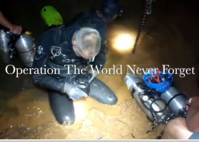 泰国海豹突击队发放救人片段。