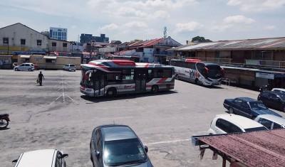Cityliner的巴士于7月15日最后一天停泊在大年车站,为搭客提供服务。