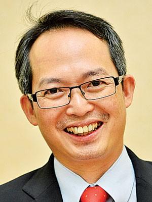 拿督刘子健:后座议员要勤修议会常规,积极辩论,把握每一次的咨询机会。