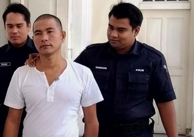 被告Aung Naing Soe闻判后吃押出法庭。