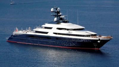 """身价逾10亿令吉的超级游艇""""平静号""""料将于周二中午12时抵达巴生港口。"""
