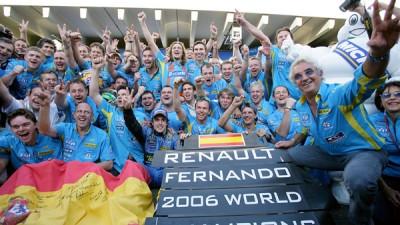阿隆索与雷诺车队合作,在2006年勇夺F1总冠军。