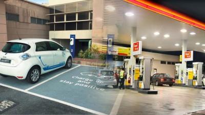 槟城研究所的报告指出,彼此比较以燃油为动力之汽车,电动车或拿再次损害环境。(档案照)
