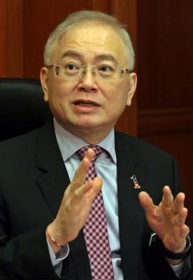 魏家祥是马华在509大选中唯一中选的国会议员,廖中莱退位后,有很大的可能取代廖中莱,坐上总会长职。