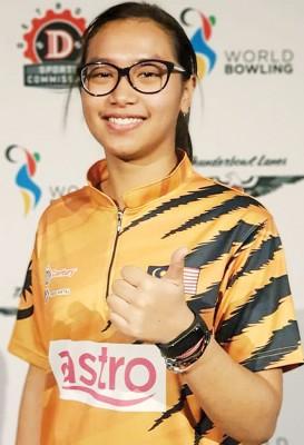 诺莎瓦妮沙哈在保龄球世青赛带来大马本届首金。