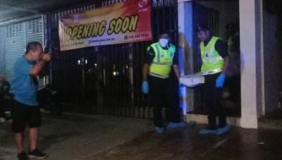 缅甸男子疑吸毒后神志不清,刺死了2名屋友。
