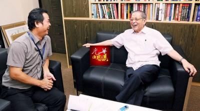 """林吉祥加入行动党,驰骋政坛53年,如今是后浪们眼里的""""老大""""。"""