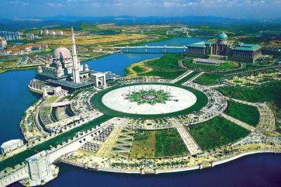 政府有意把布城打造成花园城市,让全球人看到马来西亚之美。