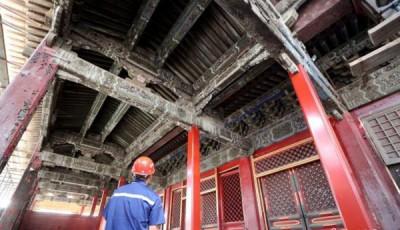 本次修缮,故宫将老坚持最大限度保留古建筑的史信息。
