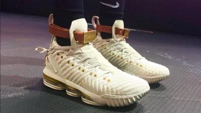 詹姆斯结合时尚品牌的联名款女性球鞋遭评设计有缺陷和难看。