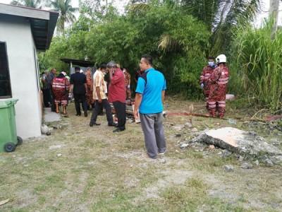 待警方科学鉴证组完成取证程序后,消拯员将把死者遗体移出。