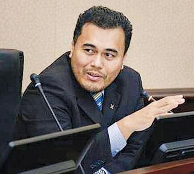 北大政治科学教授莫哈末阿兹朱汀。