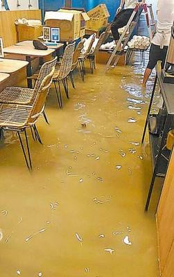 输市八德路二段昨为淹水,积水还灌入店家。