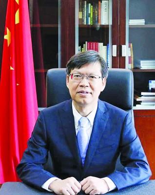 中国驻槟城总领事鲁世巍。