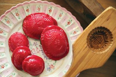 当新颁布之255只国家知识遗产当中包括华人传统糕点红龟粿。