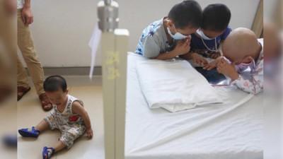 另一对深圳夫妇为了救长女,连生3胎只为取得合适的脐带血。