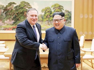 蓬佩奥(左)与金正恩(右)曾多次会面。