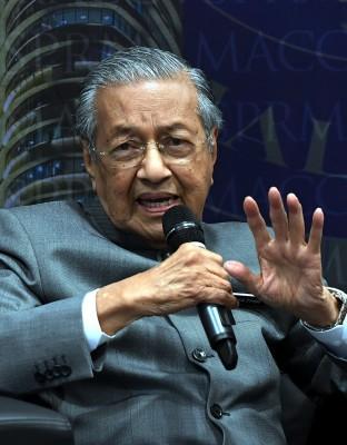 马哈迪:中美贸易战,大马不插手。