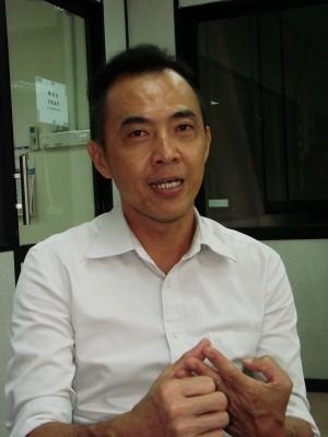 林子辉:建议鞭刑是刑法过重,关税局应加强执法系统。
