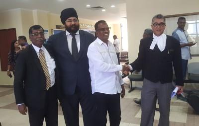 曾以独立人士上阵大选的拉京德拉在获释后向律师团致谢。
