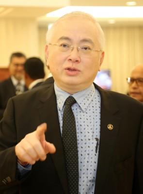 魏家祥:步履党以拖为上策?