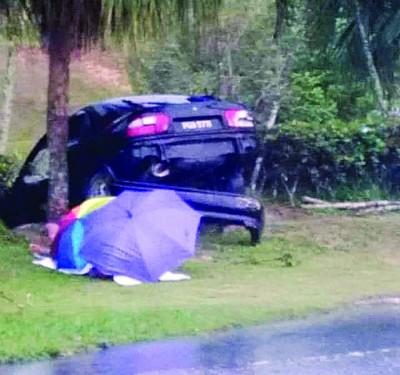 老火较路前往麻坑路段发生夺命车祸,导致一名孕妇当场丧命。