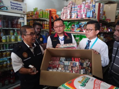 位于双溪赖被取缔违规香烟的某杂货店。