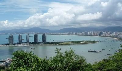 海南岛旅客免税购物每人每年累计限额增至3万元人民币(约1万8200令吉)。