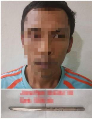34岁巫裔男子吸毒后在家发狂闹事,被父亲大义灭亲报警捉人。