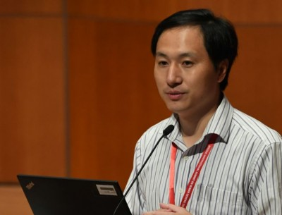 中国科学家贺建奎。