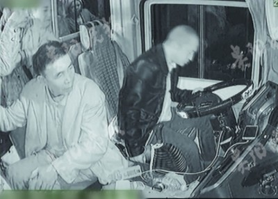 吴男开途中突发脑梗,大力煞车救34人口。