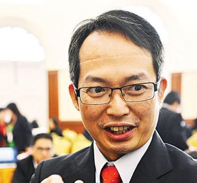 刘子健提议,如不关商业利益,得推双方国家的教导、文化与艺术交流,朝好考虑让出国交流的学童和非营利团体都豁免收离境税。