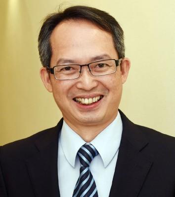 刘子健要求议员尽量出席州议会。