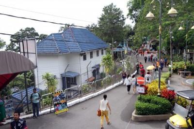槟州首长曹观友说,在升旗山建一家酒店,不会毁掉整座升旗山。 (档案照)