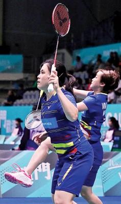 许嘉雯/叶铮雯争取取得两口合作以来的的顺序2所冠军。