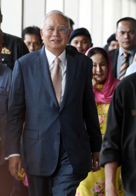 纳吉与依尔旺共同面对的失信案,特交高庭审理。