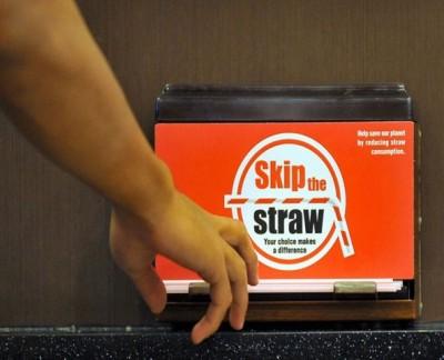 2019年1月起,吉隆坡首先推行禁止使用塑料吸管。