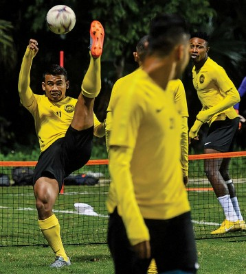 沙法威(左)是首回合决赛的最佳球员。