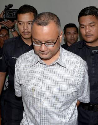 前防长希山慕丁前特别官员再兰受贿罪成,入狱2年及罚款40万令吉。