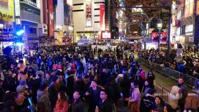 日本涩谷跨年执行委员会在第三度当地街头举办倒数活动。