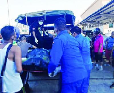 遗体被带到玻璃市港口关税局码头后,被送往加央中央医院解剖。