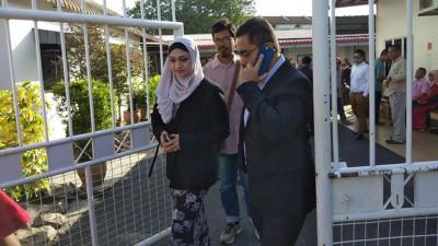 沙希淡的辩护律师达丽雅代表出庭。