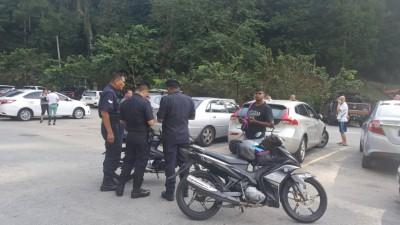 警方派员到场了解情况。