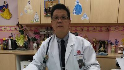 陈永源医生吁请希望政府尽快修法,强制家长让孩子注射疫苗。