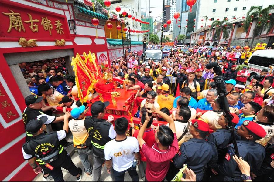 Image result for 柔佛古庙游神