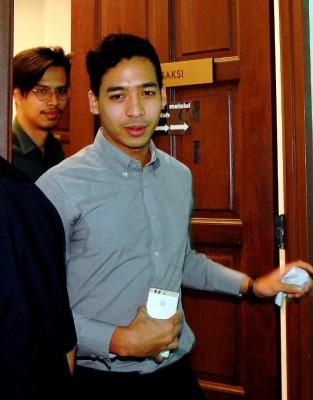 阿米鲁周三出庭时揭露,他在现场听闻一名消拯员被暴打。