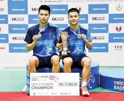 王耀新/张御宇继2016年后再次拿下全国冠军。