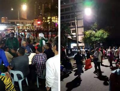 (左)靠近百名示威者在百大年路东北县警区前示威。(右)警局外聚满示威者,促请警方重捕涉嫌在脸书侮辱先知穆罕默德之汉子。