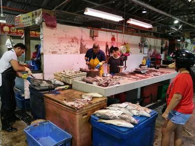 新年内,槟岛菜市场海鲜供应丰富,价格平稳。